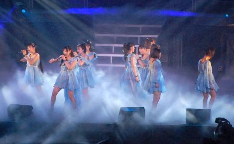 Michishige Sayu Grad 09